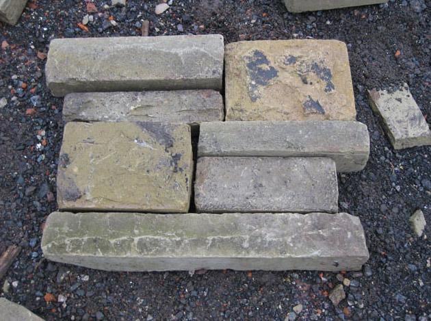 Random Walling Stone